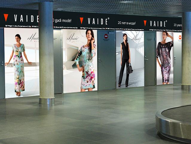 stiklu reklāmas aplīmēšana