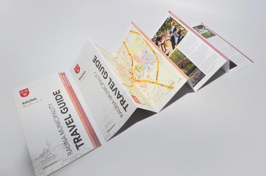 Raunas novada tūrisma ceļvedis, brošūras dizains