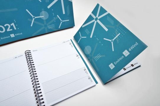 Календари, ежедневники 2021