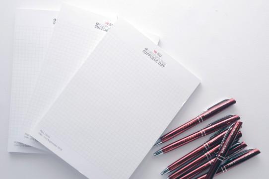 blociņi ar pildspalvu