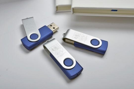 Печать гравировки на флеш-памяти USB